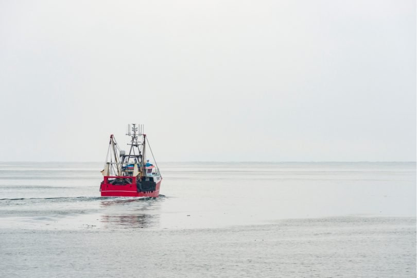 fishermen to retain their existing rights to fish in UK waters